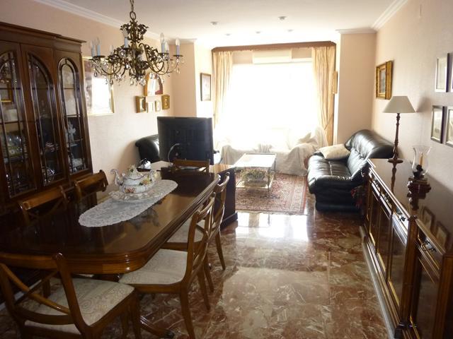 Alquiler piso 3 habitaciones amueblado calle San Vicente Valencia