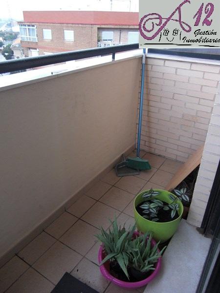 Alquiler ático dúplex semi nuevo en la Torre Valencia
