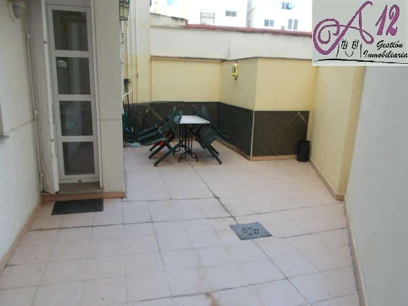 Alquiler piso con terraza Gran Via Valencia