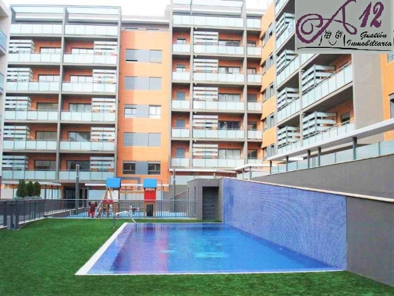 Alquiler piso con parking y piscina en Paterna